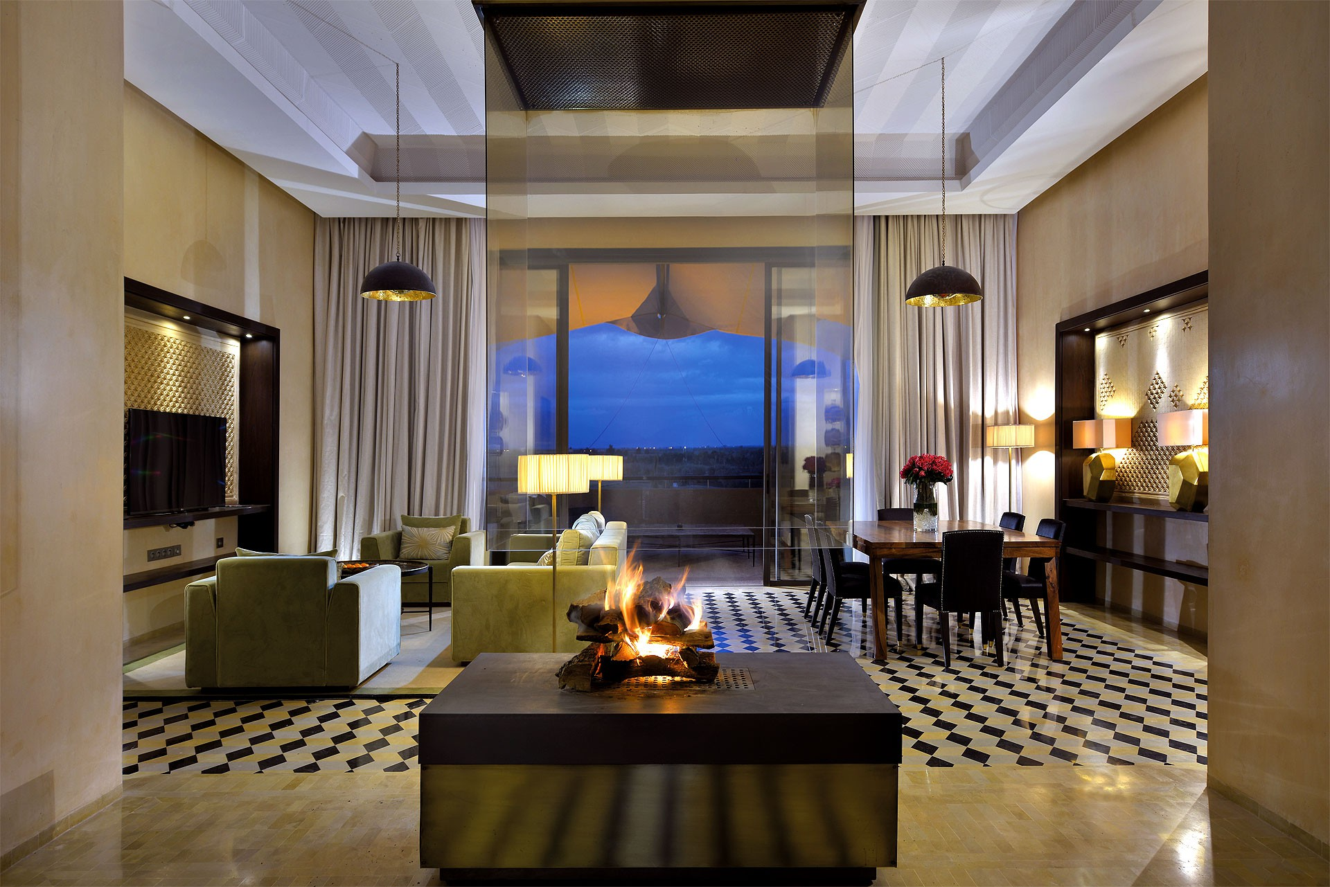 Hotel Royal Palm Marrakech - walnut dining table - presidential suite