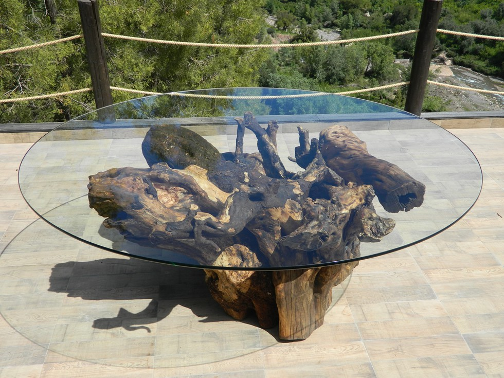 outdoor dining table - Kasbah Tamadot